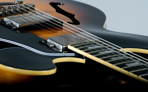how-much-does-it-cost-to-restring-a-guitar