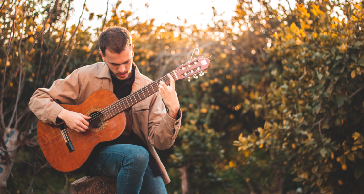 guitar and mindfulness