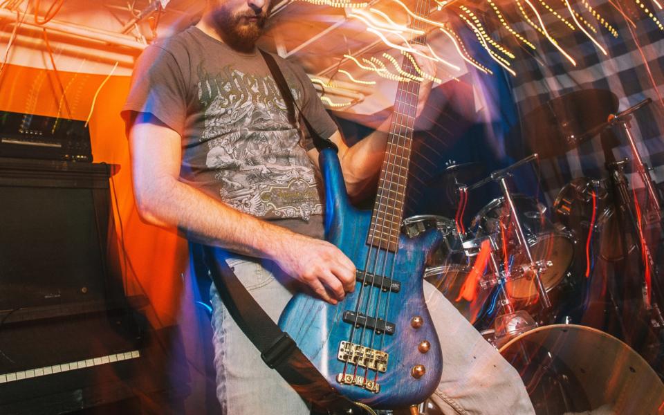 best-bass-guitars-for-metal